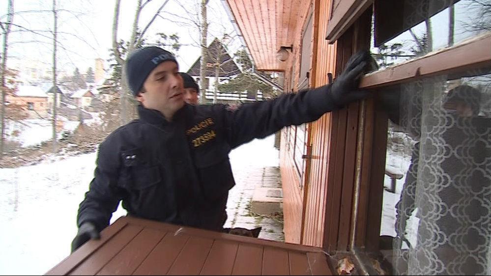 Policisté v Jedovnicích kontrolují chaty