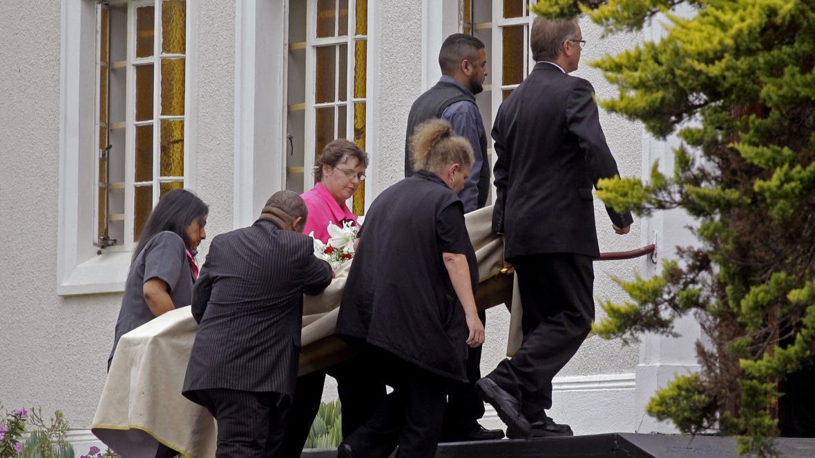 Pohřeb Reevy Steenkampové