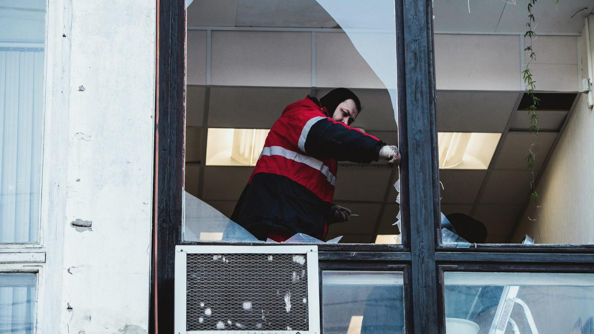 Zasklívání oken v Čeljabinsku