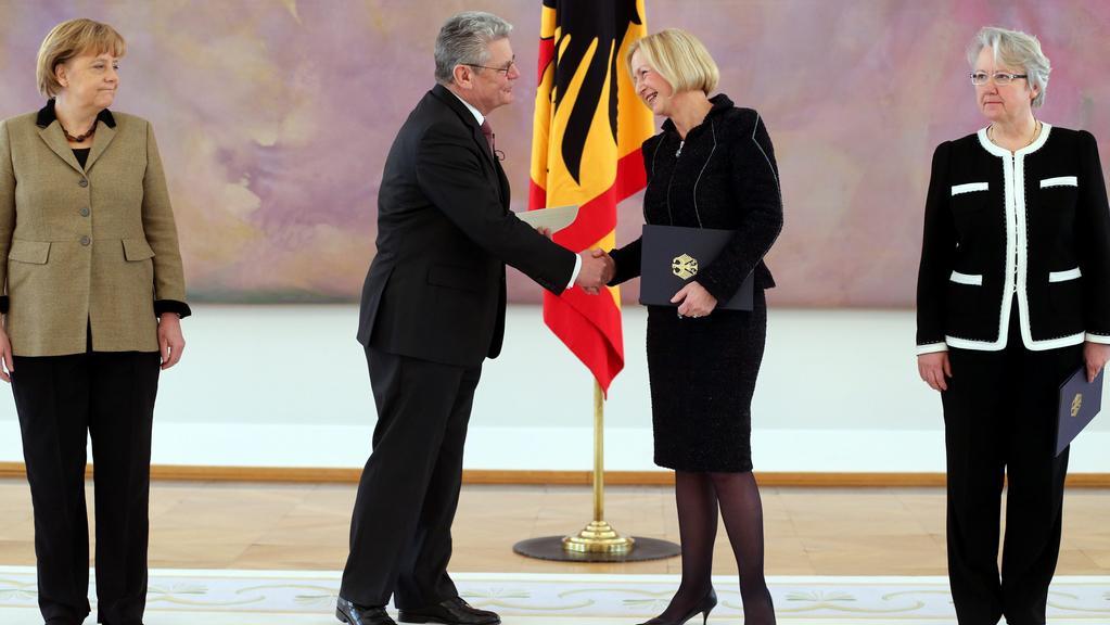 Joachim Gauck jmenoval novou ministryni školství