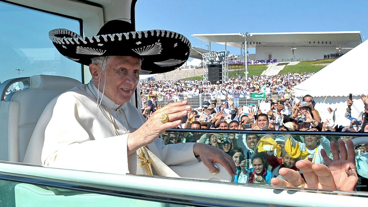 Papež v Mexiku