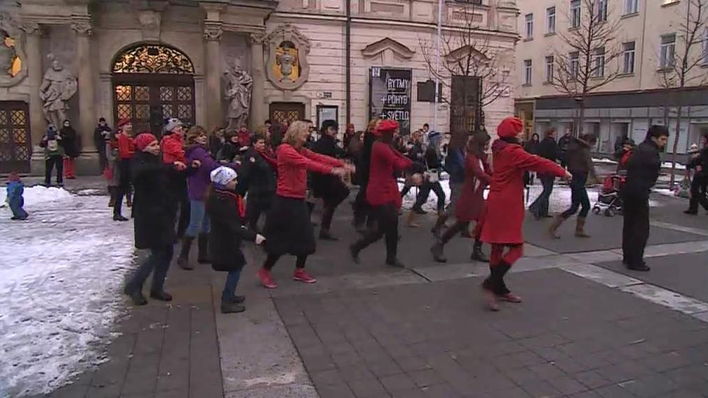 Tancem proti násilí na ženách