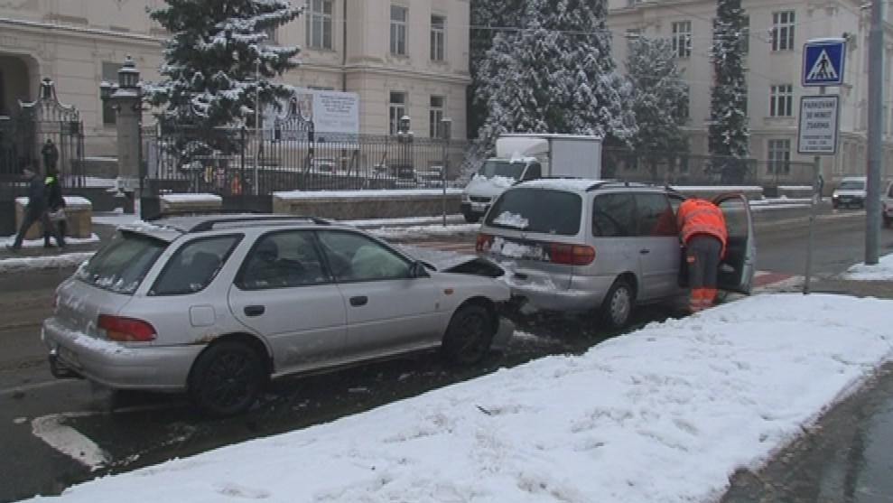 Policisté řešili řadu drobných dopravních nehod