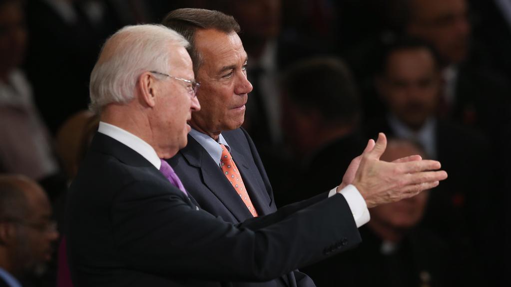 Viceprezident Biden (vlevo) s předsedou Sněmovny repr. Boehnerem