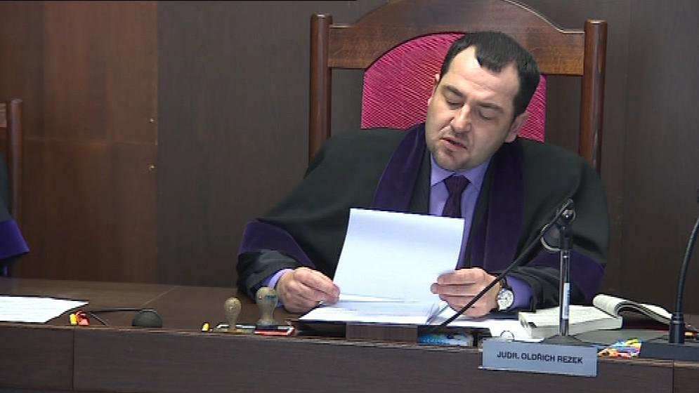 Podle soudce strávil Novotný ve vězení příliš krátkou dobu