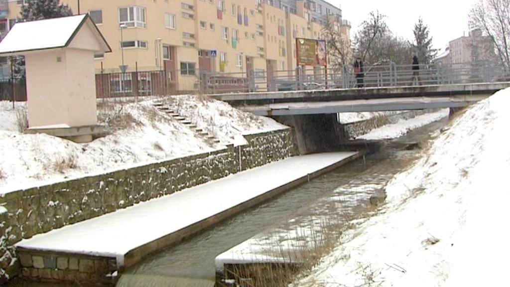 Řeka Cidlina v Jičíně