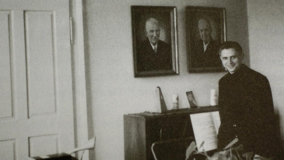 Joseph Ratzinger v roce 1959