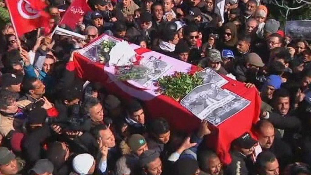 Pohřeb opozičníka Bilajdy v Tunisku