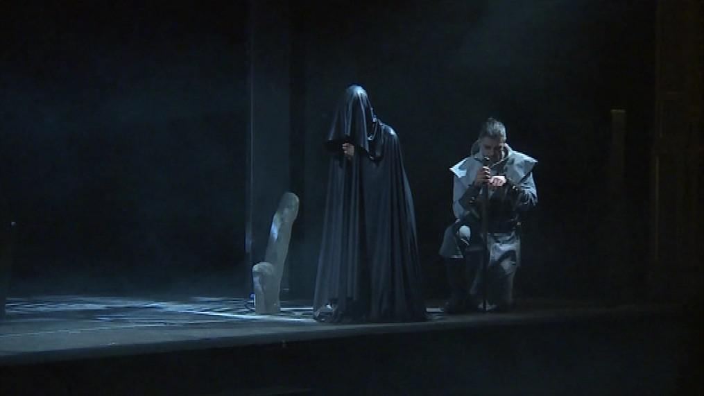 Divadelní představení Sedmá pečeť čerpá z Ingmara Bergmana