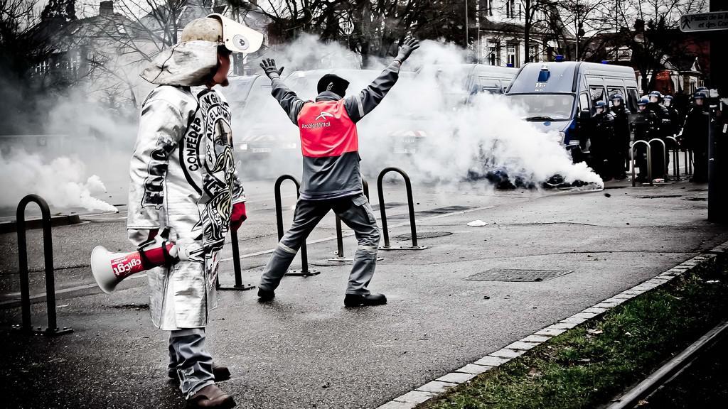 Zaměstnanci oceláren ArcelorMittal jsou znovu v ulicích