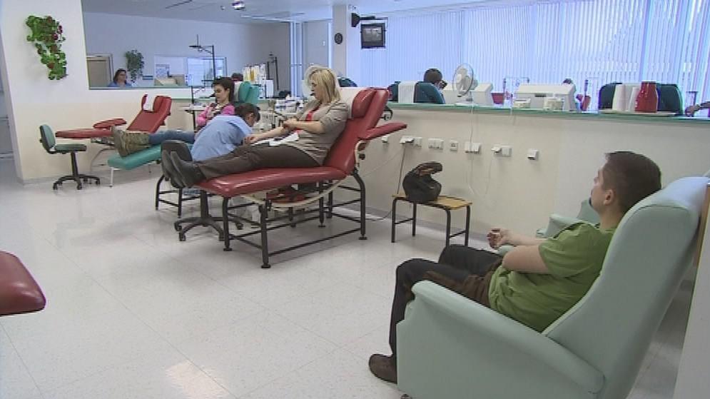 Populace dárců krve postupně stárne