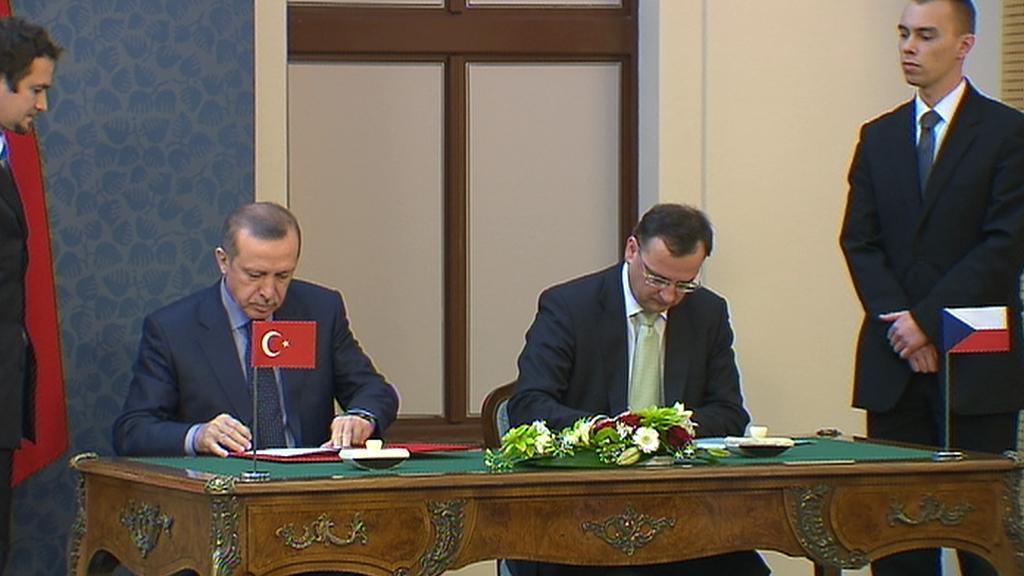 Premiér Petr Nečas se svým tureckým protějškem