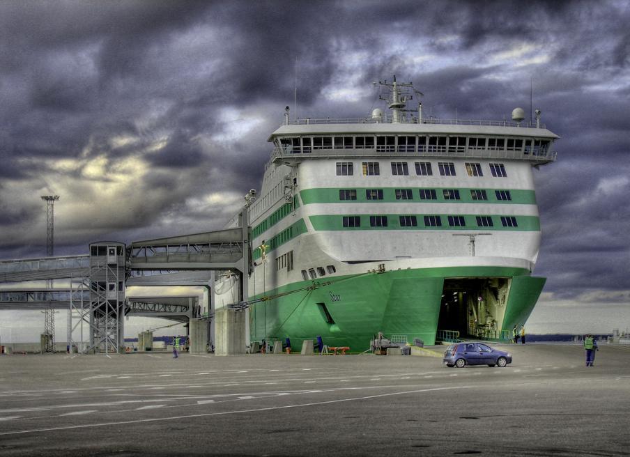 Trajekt v tallinském přístavu