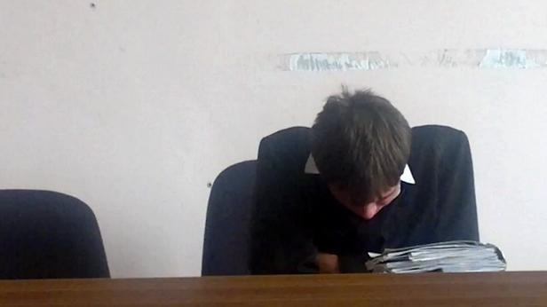 Ruský soudce si během přelíčení pospal