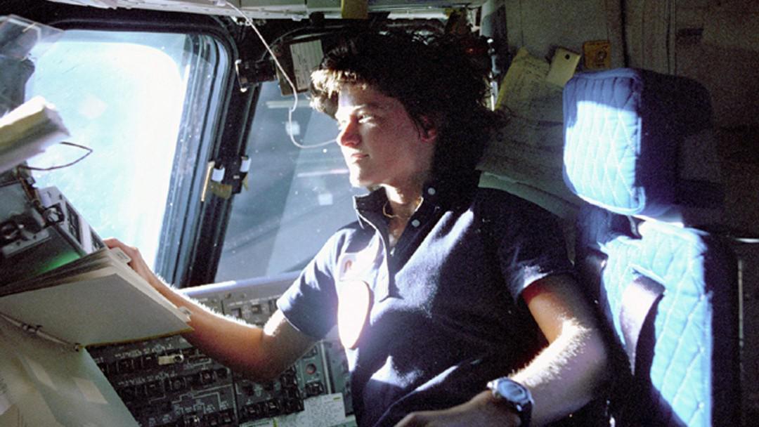 Sally Rideová na palubě raketoplánu Columbia (1983)