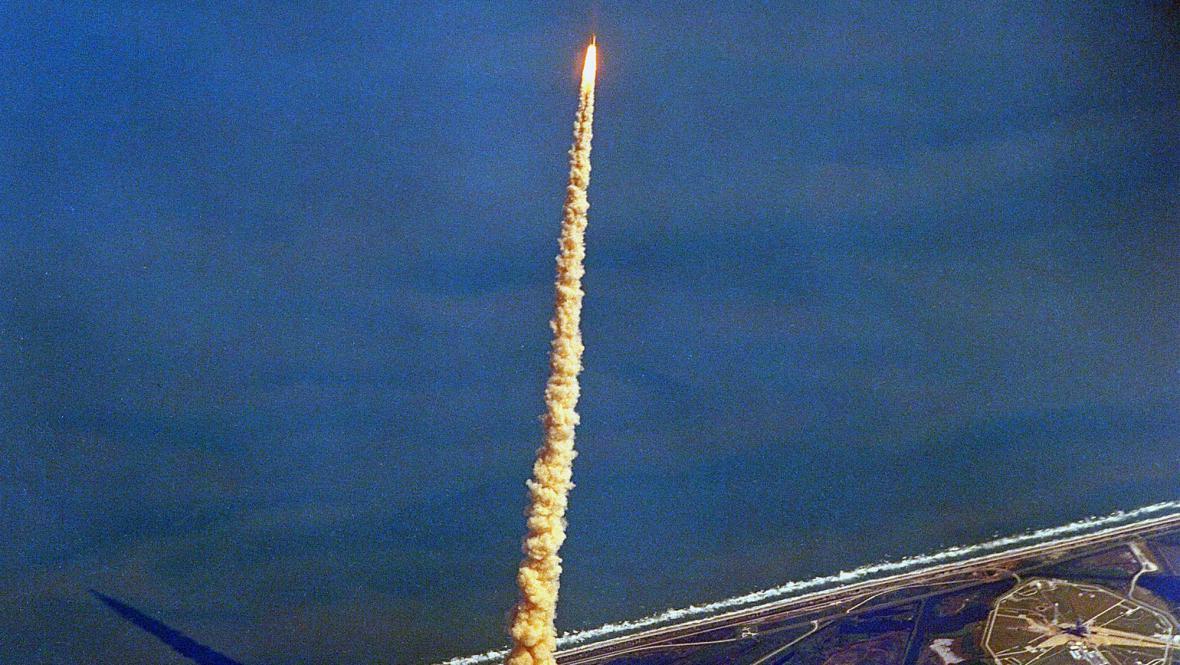 Raketoplán Columbia startuje, rok 1992