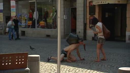 Anonymous Performance v ostravských ulicích