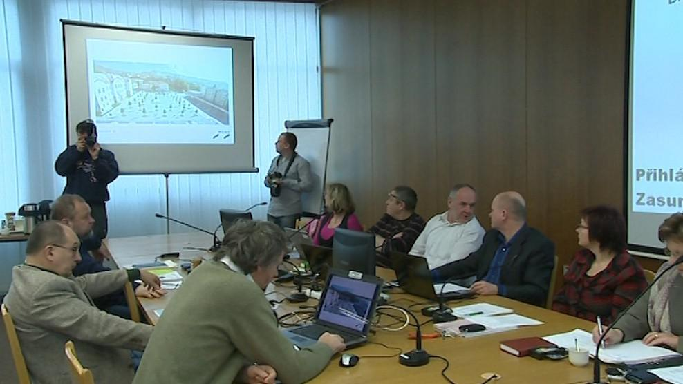 Vedení Vsetína dnes hodnotilo nový návrh na podobu náměstí