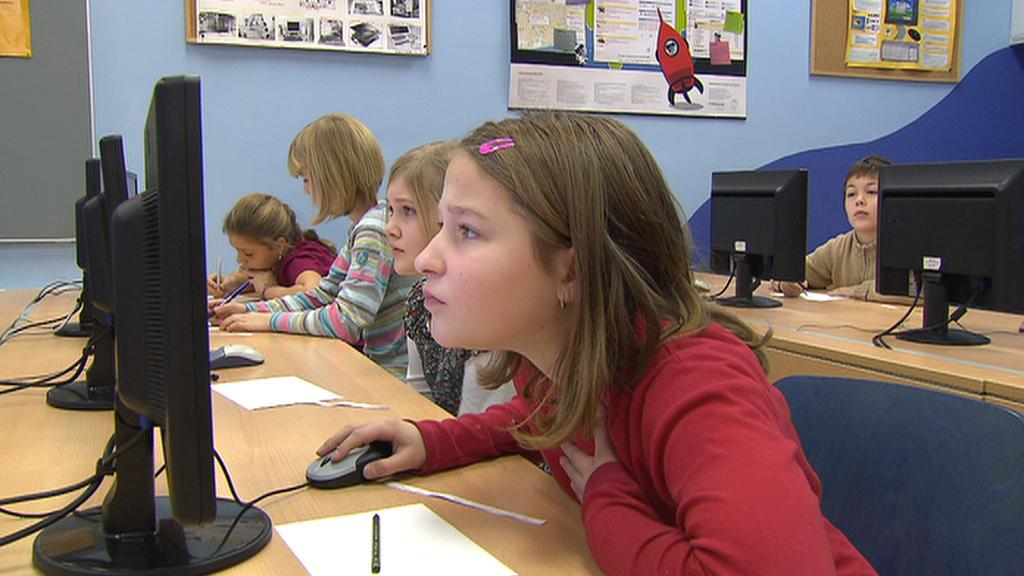 Žáci u počítače