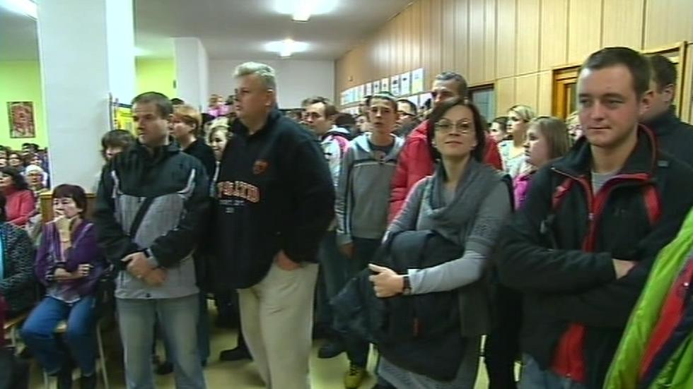 Obyvatelé Poličné se bouří proti rušení místní školy