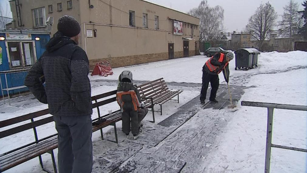Venkovní práce v mrazivých teplotách není pro každého