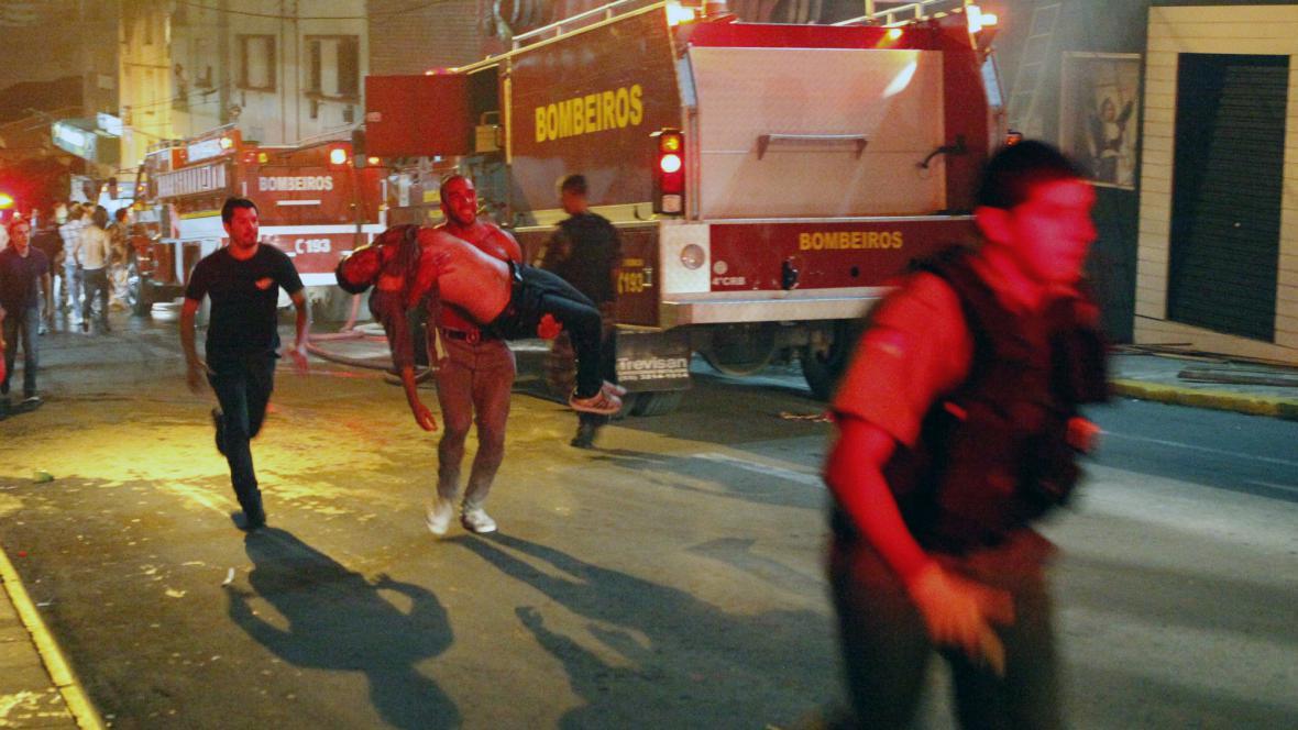 Požár v nočním klubu v Brazílii