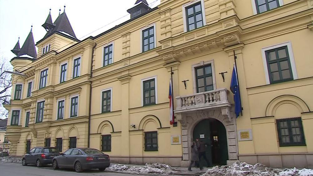 Na vídeňském velvyslanectví zvítězil jednoznačně Karel Schwarzenberg