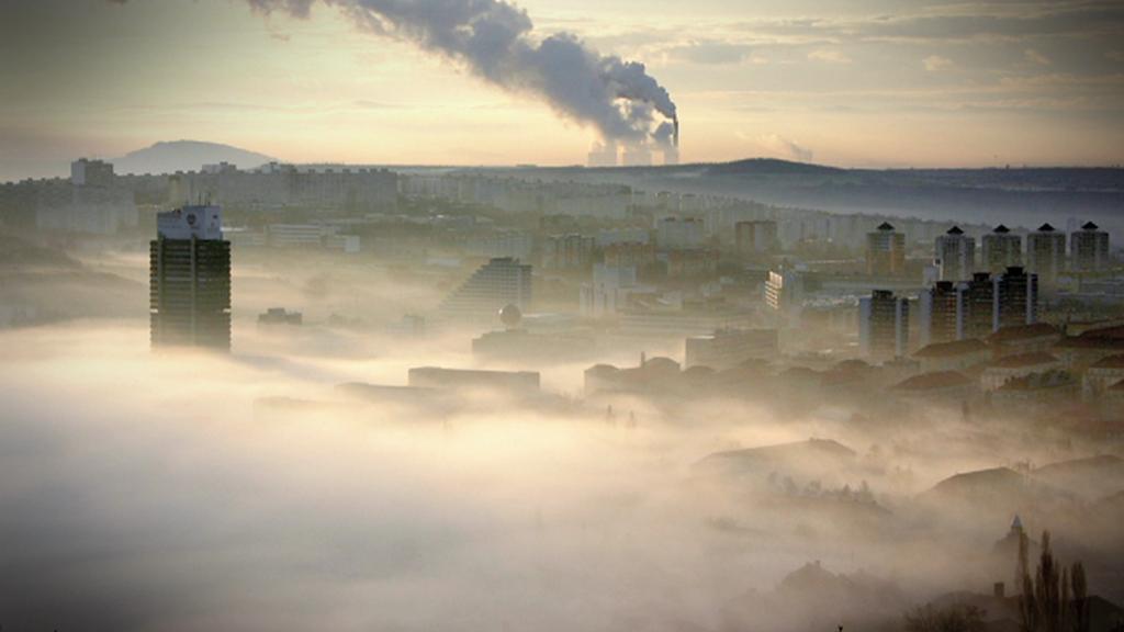 Česko zahalila mlha