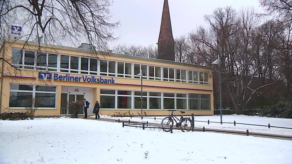 Berliner Volksbank vyloupili zloději tunelem