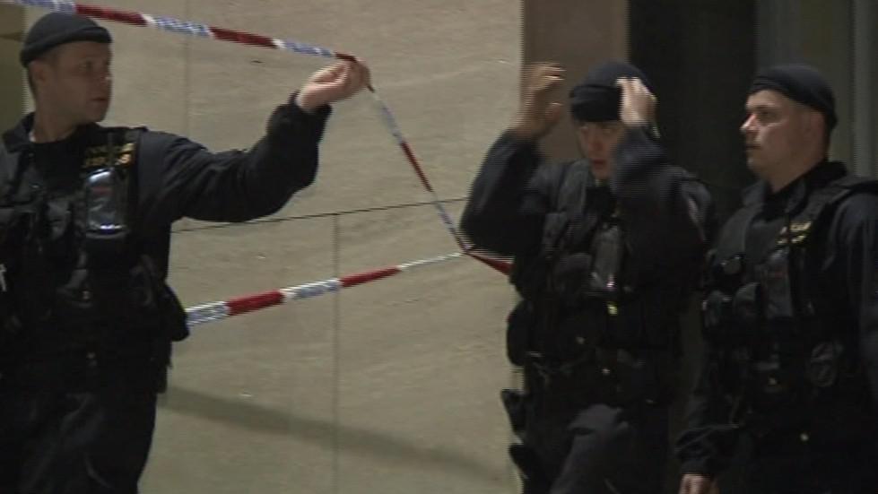 Policisté celé divadlo důkledně prohledali