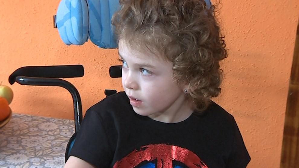 Malá Eliška má nevratně poškozený mozek