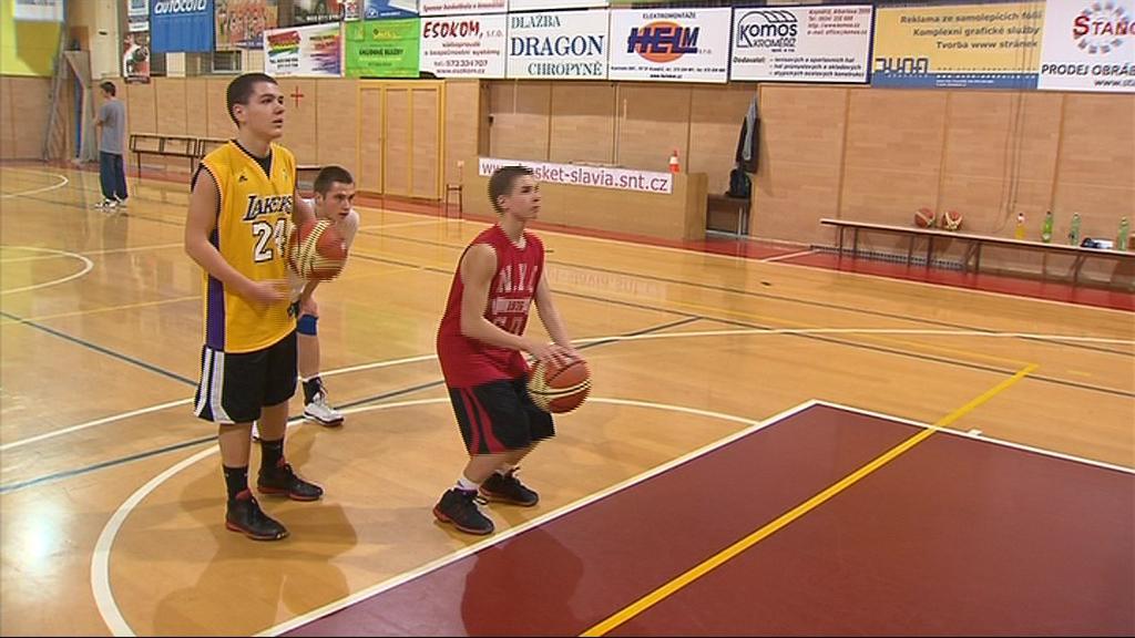 Basketbalisté TJ Slavia Kroměříž sbírají medaile i na republikových šampionátech