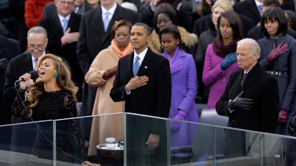 Beyoncé zpívá na inauguraci americkou hymnu