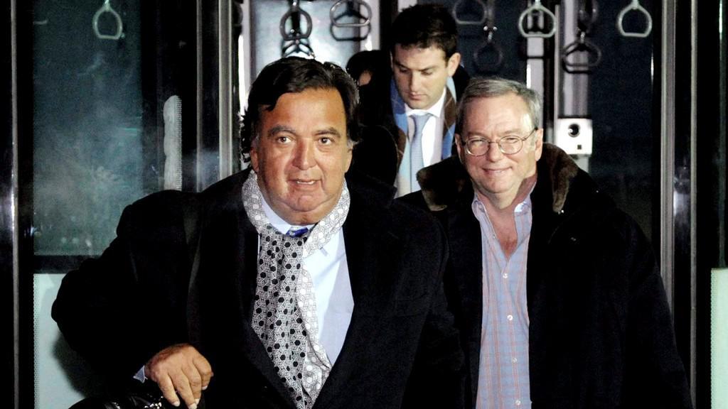 Eric Schmidt a Bill Richardson v KLDR