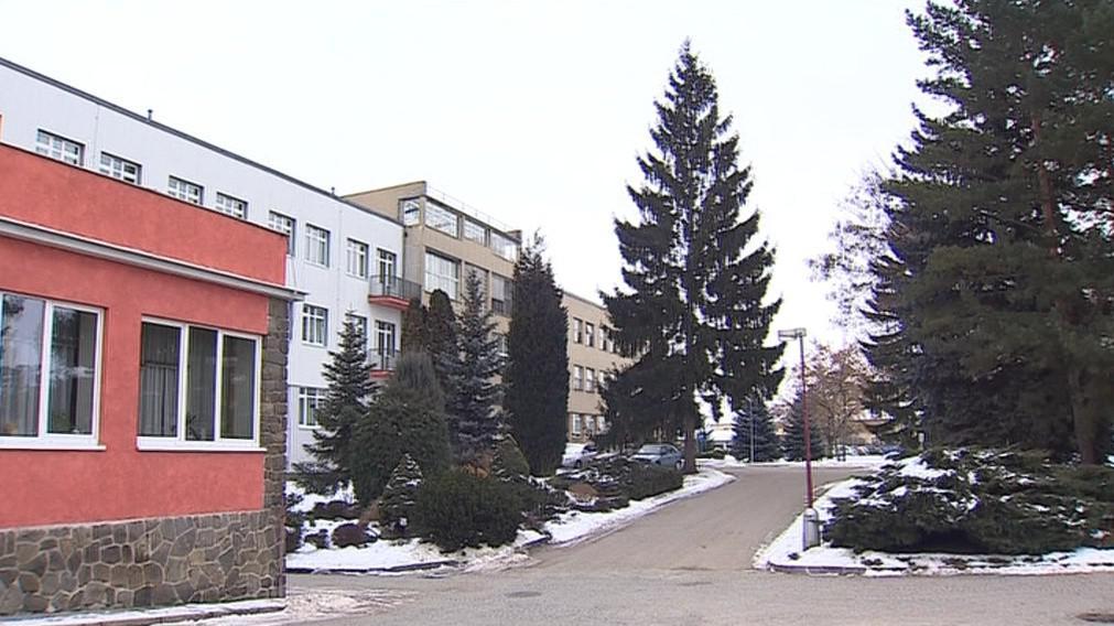 Po vyškovské nemocnici vyhlásily zákaz také nemocnice ve Znojmě a v Hustopečích