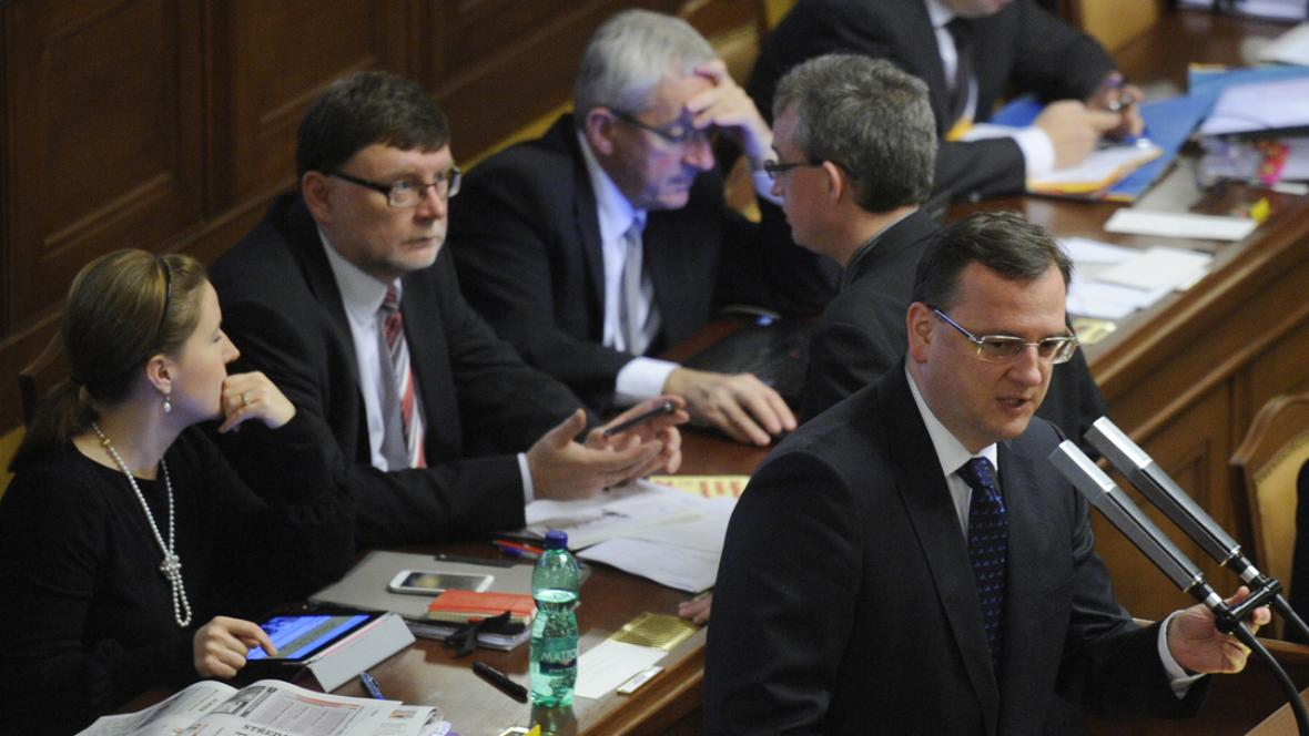 Petr Nečas (ODS) a jeho vláda ve sněmovně