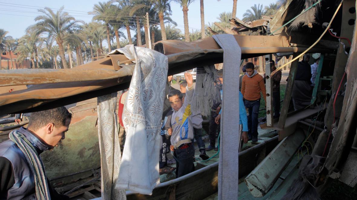 Havarovaný vlak v Egyptě