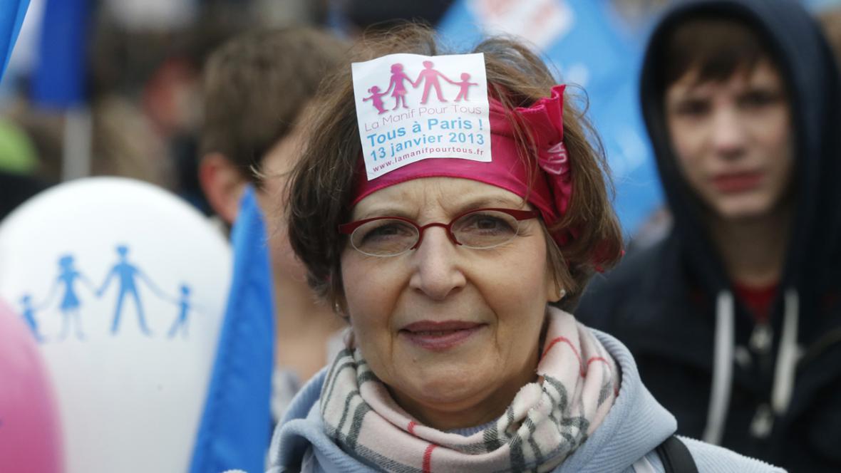 Protest v Paříži proti homosexuálním sňatkům