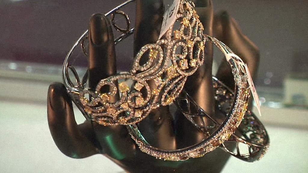 Šperky na indickém veletrhu