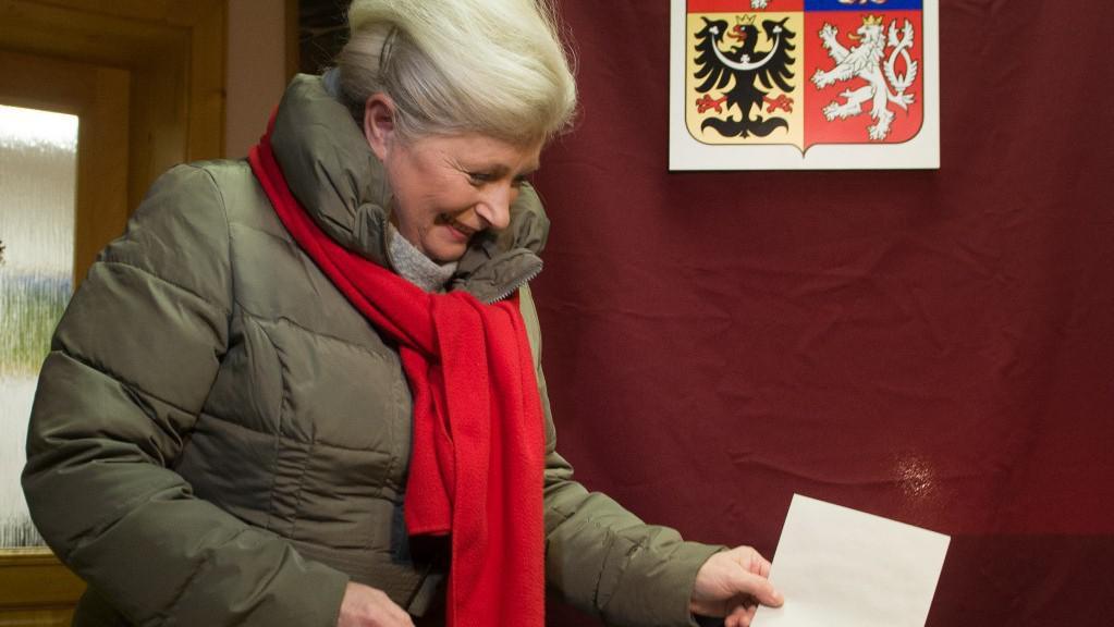 Prezidentská kandidátka Zuzana Roithová u voleb