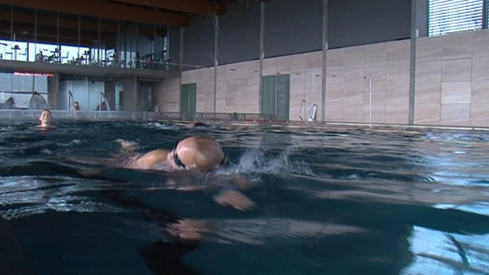 Ve volném čase se Tereza Fajksová ráda věnuje i plavání
