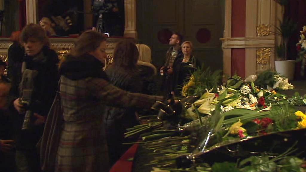 Rozloučení s Jiřinou Jiráskovou ve vinohradském divadle