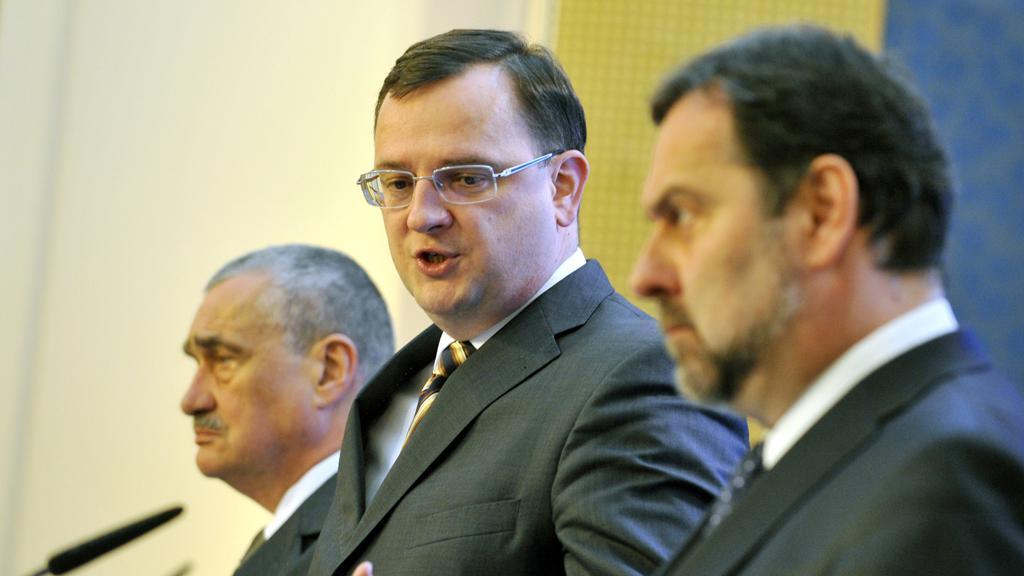 Lídři koaličních stran na tiskové konferenci