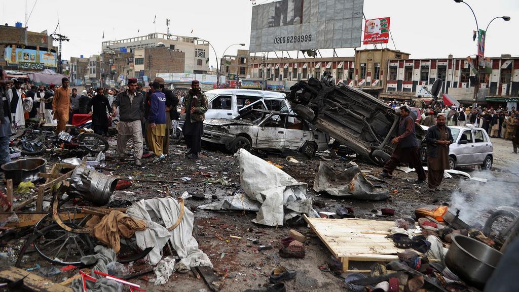 Pumový atentát v Pákistánu