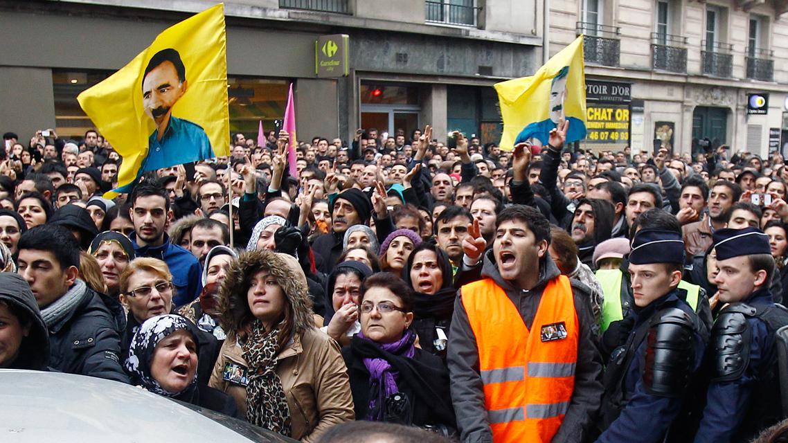 Kurdská demonstrace v Paříži