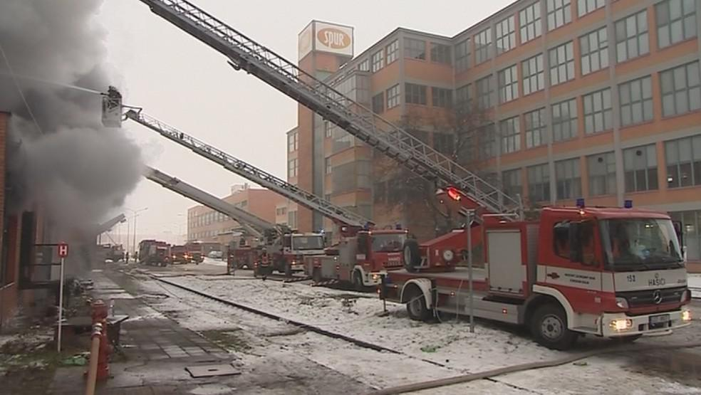 Zásah hasičů v areálu bývalého Svitu