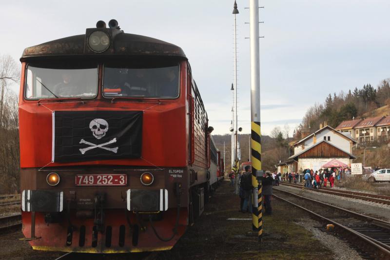 Z jízdy silvestrovského vlaku