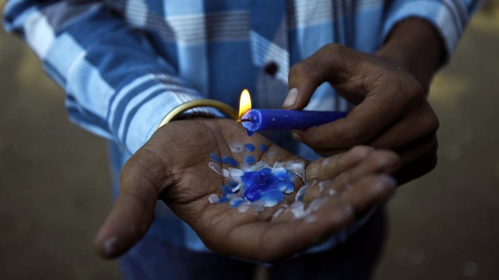 Svíčka pro znásilněnou Indku