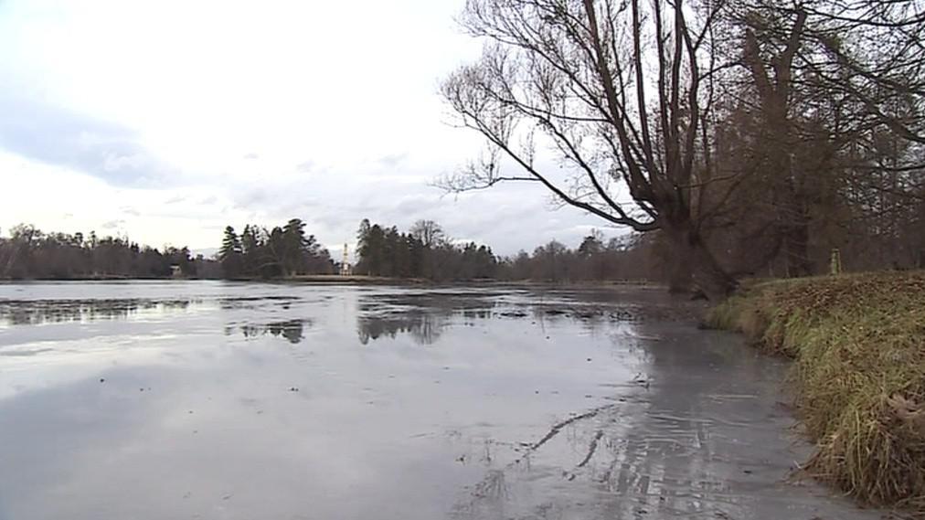 Zámecké rybníky zatím nesplňují ideální podmínky pro bruslení