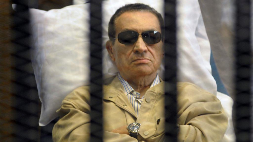 Husní Mubarak u soudu